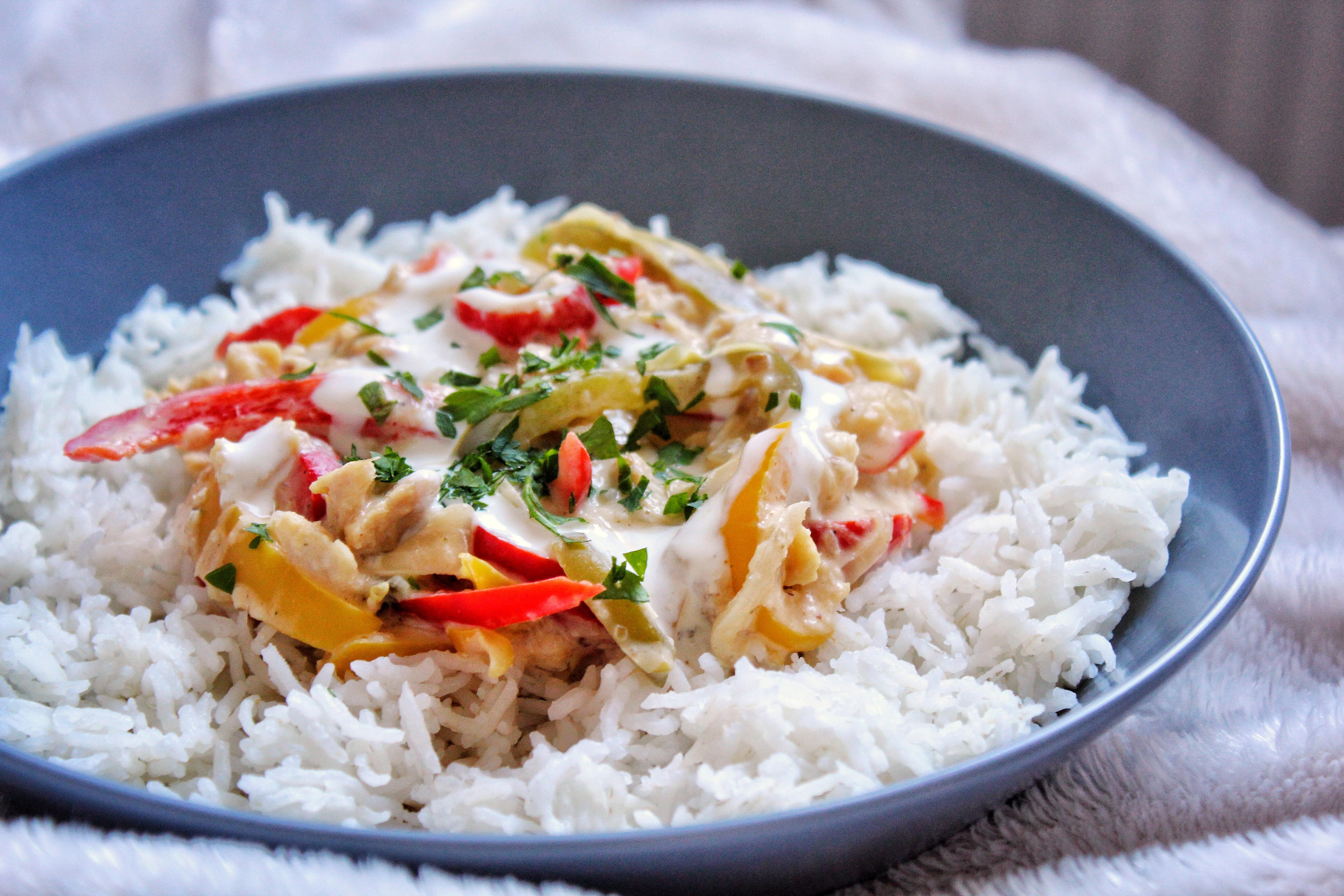 Curry rouge thaï poivrons poulet gingembre citronnelle pst vegan sans gluten sans lactose sans viande