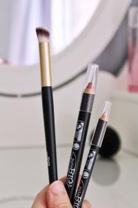 Pinceau biseauté crayon yeux nude crayon lèvres rose purobio cosmectics vegan naturel cruelty free